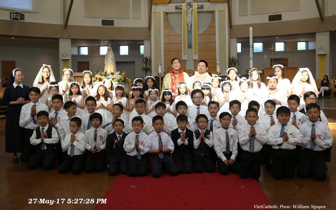 Chúa Nhật Chúa Thăng Thiên, Lễ Rước Lễ Lần Đầu Giáo Xứ La Vang.
