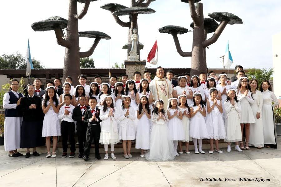 Rước Lễ Lần Đầu Giáo Xứ Đức Mẹ La Vang 2019