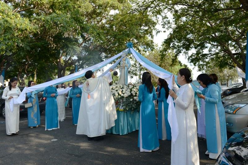 GX Đức Mẹ La Vang rước kiệu Đức Mẹ và mừng Thánh Lễ Đức Mẹ Hồn Xác Lên Trời – 14/08/2021